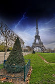 Eiffel Tower from Champs de Mars Gardens — Stock Photo