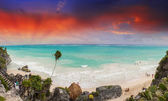 Beautiful seascape of caribbean island — Stock Photo