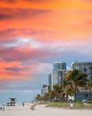 Seafront of Fort Lauderdale. Beach in Florida — Stock Photo
