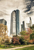 Frankfurt from a beautiful park — Stock Photo