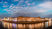 Luminaria, Buildings along the Arno — Stock Photo