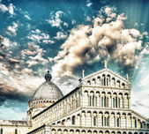 Pisa. Square of Miracles with Basilica — Stock Photo