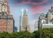 нью-йорк. манхэттен с красивое небо на закате — Стоковое фото