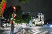 париж. ночная точка зрения отель де виль — Стоковое фото