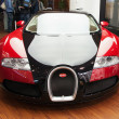 Постер, плакат: Bugatti Veyron in the Volkswagen Center