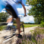 Radfahrer in Bewegungsunschärfe — Stockfoto