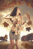 Höstens kvinna — Stockfoto