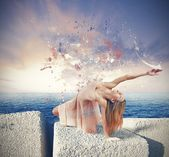 Dancer paints the sky — Stock Photo