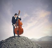 Musician playing bass — Stock Photo