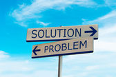 Arrow direction of problem and solution — Foto Stock