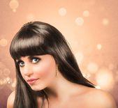 Beautiful brunette girl — Stock Photo