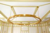 Il lustro nella hall dell'hotel di lusso, strbske pleso sci resor — Foto Stock