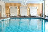 在滑雪场、 strbske-pleso、 斯洛伐克的豪华酒店的现代水疗 — 图库照片