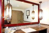 Bathroom interior of luxurious hotel in night illumination, Duba — Stock Photo