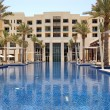 Swimming pool of the luxury hotel, Saadiyat island, Abu Dhabi, U — Stock Photo #12953247