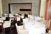 Il ristorante interno dell'hotel di lusso, ras al khaimah, emirati arabi uniti — Foto Stock