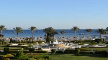 The fountain near beach at the luxury hotel, Sharm el Sheikh, Egypt — Video Stock