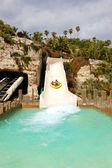 Teneriffa, spanien - 22 maj: turisterna njuter av vatten att — Stockfoto