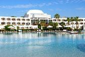 The swimming pool at luxury hotel, Sharm el Sheikh, Egypt — Stock Photo