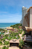 Beach of the modern luxury hotel, Pattaya, Thailand — 图库照片