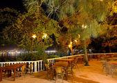 ресторан в illuminarion ночь в роскошном отеле, фетхие, индейки — Стоковое фото