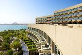 El moderno hotel de lujo en la isla artificial de palm jumeirah, dubai, — Foto de Stock