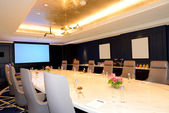 The meeting room interior at luxury hotel, Ras Al Khaimah, UAE — Stock Photo