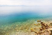 The beach at popular hotel, Peloponnes, Greece — Stock Photo