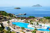 The beach at luxury hotel, Bodrum, Turkey — Stock Photo