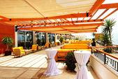 Havsutsikt terrass av lyxiga hotel, bodrum, turkiet — Stockfoto