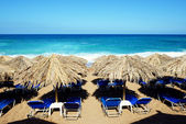 The beach on Ionian Sea at luxury hotel, Peloponnes, Greece — Stock Photo