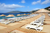 The beach with sand at luxury hotel, Bodrum, Turkey — Foto de Stock