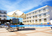 Swimming pool at luxury hotel, Crete, Greece — Stock Photo