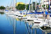 The water channel with parked sail yachts, Rimini, Italy — Stock Photo