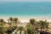 Strand von luxus hotel, dubai, vereinigte arabische emirate — Stockfoto
