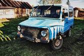 Eski kırsal araba. — Stok fotoğraf