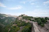 Israëlische landschap met kasteel en hemel — Stockfoto