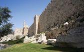 Tower of david and Jerusalem walls — Stock Photo