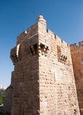 Old walls walk in Jerusalem — Stock Photo