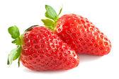 Twee aardbeien geïsoleerd — Stockfoto