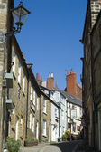 Street scene in Robin Hoods Bay — Stock Photo