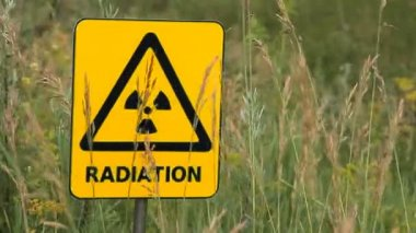 Radiation, warning symbol. — Stock Video