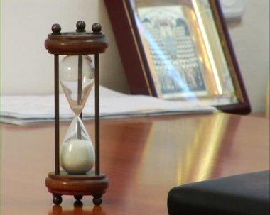 Hourglass — Stock Video #22331561