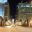 Bridge in downtown of Chicago — Stock Photo