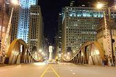 Chicago şehir merkezinde köprü — Stok fotoğraf
