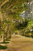 Park near apartment house — Stock Photo