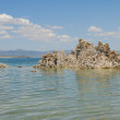Tufas rocks made of calcium carbonate deposits at Mono Lake California, USA — Stock Photo