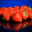 Strawberries summer background — Photo
