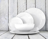 Empty clean plates — Stock Photo