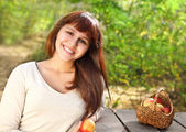 Happy smiling teen girl — Stock Photo